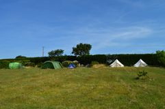 Tiendas del sitio para acampar Imagen de archivo