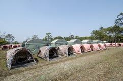 Tiendas el dormir para los turistas que visitan el parque nacional de Phu Kradueng Fotografía de archivo libre de regalías