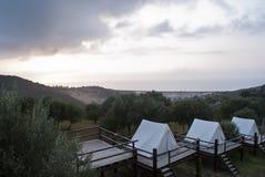 Tiendas en la puesta del sol Foto de archivo libre de regalías