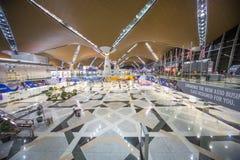 Tiendas libres de los impuestos del aeropuerto de KLIA foto de archivo libre de regalías