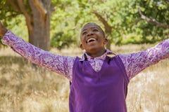 Tiener Afrikaanse jongen Royalty-vrije Stock Afbeeldingen