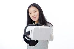Tiener die 3D beschermende brillen overgaan Royalty-vrije Stock Afbeelding