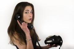 Tiener die op de telefoon spreken Stock Afbeelding