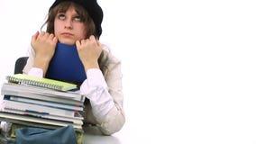 Tiener die thuis bestuderen stock videobeelden