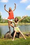 Tiener in een park royalty-vrije stock afbeeldingen