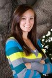 Tiener met haar gekruiste wapens Stock Fotografie
