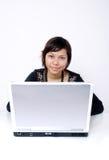 Tiener met laptop royalty-vrije stock fotografie