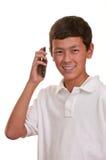 Tiener op cellulaire telefoon (cellphone) Royalty-vrije Stock Fotografie