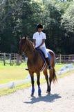 Tiener op horseback royalty-vrije stock afbeeldingen