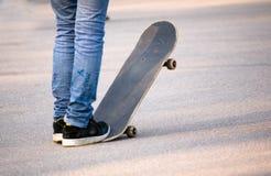 Tiener skateboarder Stock Foto's