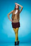 Tienermeisje met lang recht haar Stock Fotografie