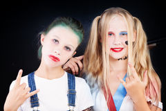 Tienermeisjes in Carnaval-Kostuum Stock Afbeeldingen