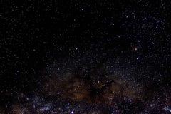 Tient le premier rôle le fond étoilé de noir d'univers de nuit de ciel d'espace extra-atmosphérique de galaxie Photo libre de droits