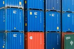 Tientsin Cina - il 4 luglio 2016: Scena del terminale del trasporto del contenitore del porto di Tientsin fotografia stock