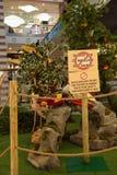 Tiere, der Zoo mit Plüschtieren auf Ausflug in Italien Stockbilder