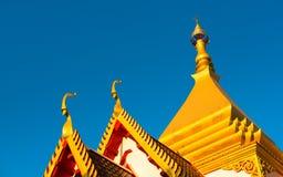 Tiered tak för tempel Arkivbild