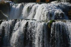 tiered vattenfall royaltyfria bilder