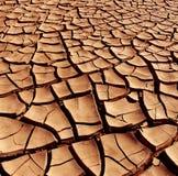 Tierra agrietada seca - desierto Foto de archivo libre de regalías