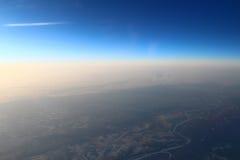 Tierra con los aviones de la altitud Fotos de archivo libres de regalías