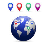 Tierra con los indicadores del mapa Imagenes de archivo