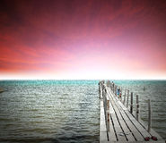 Tierra de la playa de la roca de la piedra de Tailandia de la salida del sol de la puesta del sol de la playa del sol del arena de Fotografía de archivo libre de regalías