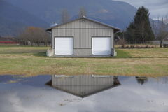 Tierra de pasto inundada Fotografía de archivo libre de regalías