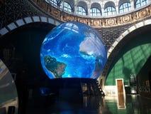 Tierra del planeta en el museo en Moscú foto de archivo