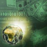 Tierra, mapa del mundo en fondo del dinero Foto de archivo libre de regalías