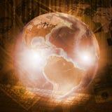 Tierra, mapa del mundo y teclado en fondo del dinero Foto de archivo