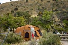 Tierra que acampa en el desierto 2 Foto de archivo libre de regalías