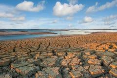 Tierra seca del desierto Fotos de archivo libres de regalías