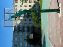 Tierra urbana del baloncesto Imagenes de archivo