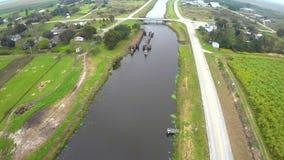 Tierras de labrantío por el vídeo de la antena de Okeechobee la Florida del lago almacen de video