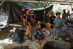 Tifón Ompong Mangkhut Filipinas de la tragedia del derrumbamiento de Ucab Itogon Benguet foto de archivo libre de regalías