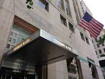 tiffany amerikansk silverware för co-företagssmycken , New York City, NYC, NY, USA Arkivbilder