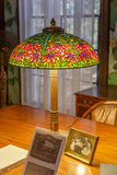 Tiffany Flowered Cone Table Lamp foto de stock royalty free