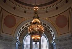 Tiffany ljuskrona, staten Washingtoncapitol Fotografering för Bildbyråer