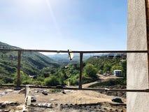 TIFLIS, GEORGIA - 25. MÄRZ 2018: Bau eines neuen hohen Wohnwohngebäudes in Tiflis, Georgia Stockbild