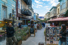 Tiflis, Georgia 25. September 2016: Leute auf einer Fußgängerstraße Sioni im Herzen der alten Stadt Stockfoto