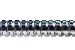 Tige en acier avec un filet de vis d'isolement sur le fond blanc Photo stock