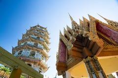 Tiger Cave Temple Wat Tham Sua dans Kanchanaburi, populaire avec des touristes et des étrangers images stock
