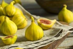 Tiger Figs orgânico amarelo cru fotografia de stock