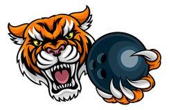 Tiger Holding Bowling Ball Mascot Immagine Stock