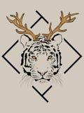 Tiger med hjorthorn på kronhjort framme av den svarta ramen stock illustrationer