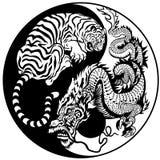 Tiger- och drakeyinyang symbol Arkivbilder
