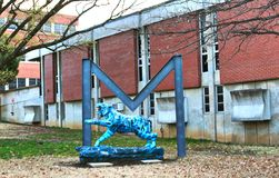 Tiger Under Big M at the University of Memphis Royalty Free Stock Photos