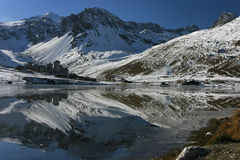 Tignes. The lake and the resort of Tignes in french alps Stock Photography