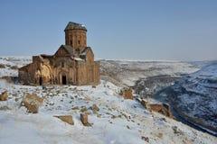Tigran Honents kyrka i Ani bland den snöig naturen royaltyfria foton