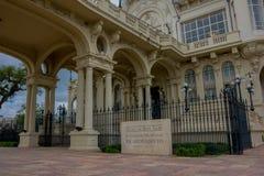 TIGRE,阿根廷- 2016年5月02日:美术馆tigre,被管理的赌博娱乐场的大门的awsome看法那里 免版税库存图片