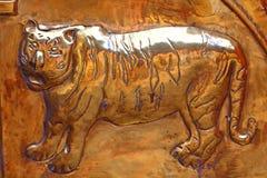 Tigre en oro Elemento del templo hindú shiva Swami Temple de Janardana Fotografía de archivo libre de regalías